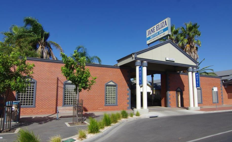 Jane Eliza Motor Inn - Swan Hill's most centrally located Motel